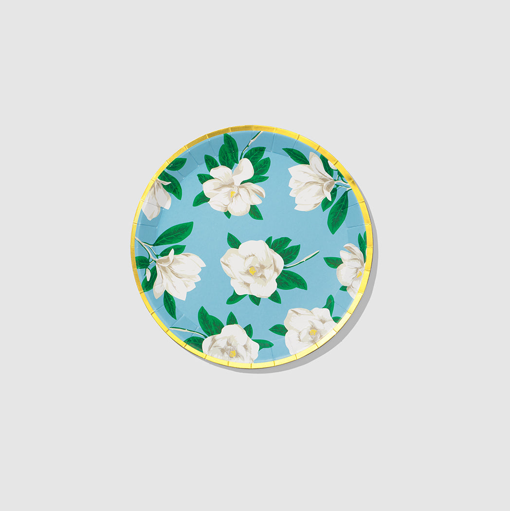 The Southern roots of Reese Witherspoon's Draper James shine through on these pettite plates. Adorned with Draper James' iconic white magnolias, they bring a floral touch to any tablescape and are the ideal size for everything from hors d'oeuvres to cake. Includes 10 plates.  7.25
