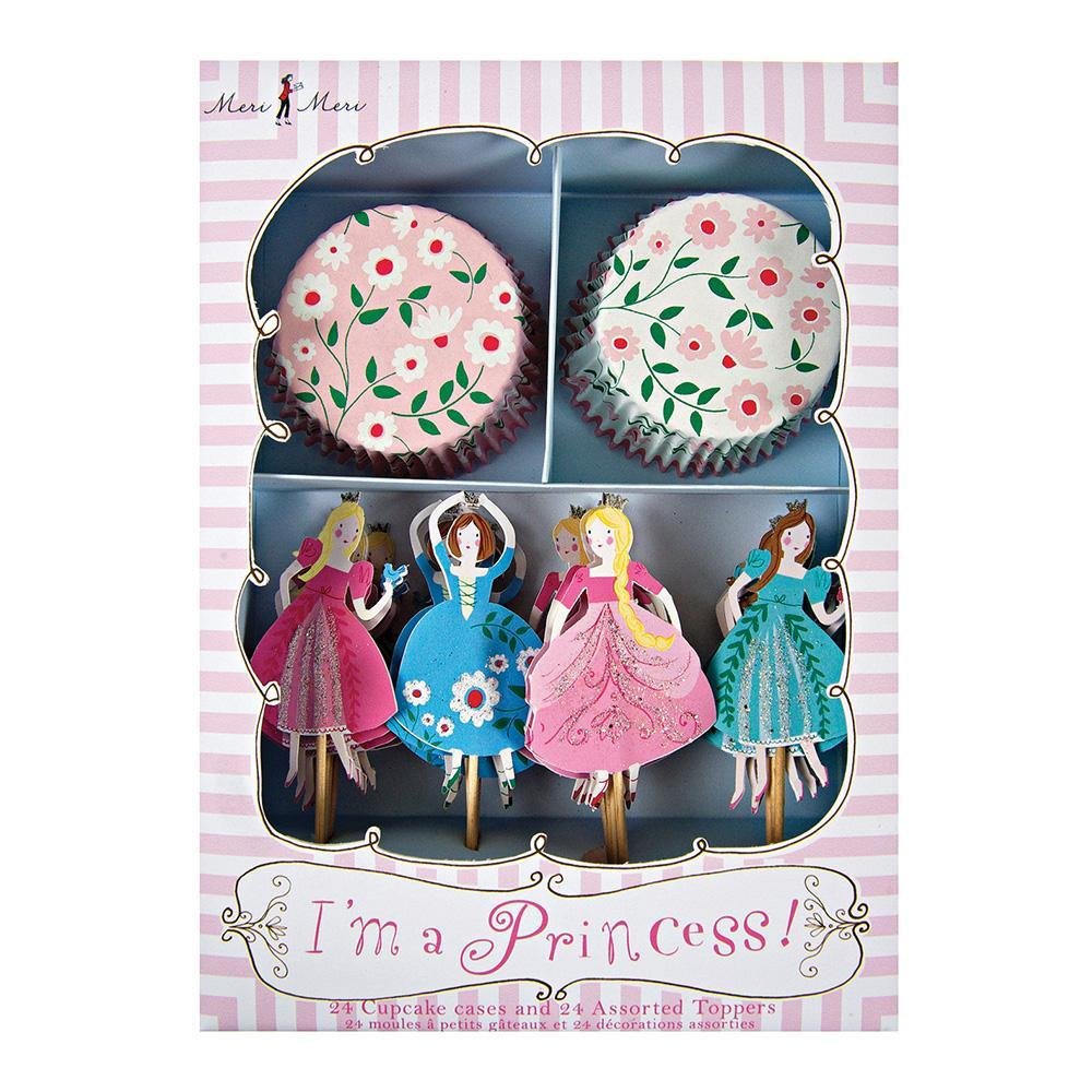 Pretty much every little girl dreams of being a princess at one point in her life, and if your daughter is a fan of tiaras, big swirling skirts and everything pink, then our I'm A Princess party collection is a must for her birthday! This cupcake decoration kit includes two styles of bake case with charming floral patterns and four styles of cake topper each with a different princess character.   Pack of 24 cases in 2 designs 24 themed toppers