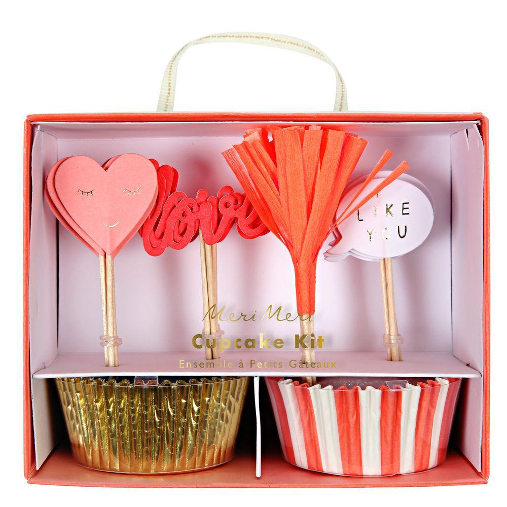 Perfect for the most romantic celebration of the year, craft your loving cakes with this delightful cupcake kit featuring shiny gold and pink striped bake cases and a selection of toppers with glitter, foil and crepe paper finishes.  Neon print & gold foil detail
