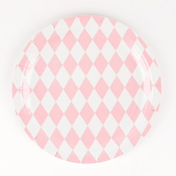 8 baby pink diamond paper plates.  Perfect for a princess, fairy or angel-themed birthday party!   These plates are also great for picnics, baby showers, christenings or weddings.  Size: 9 inches in diameter.  Made in France.