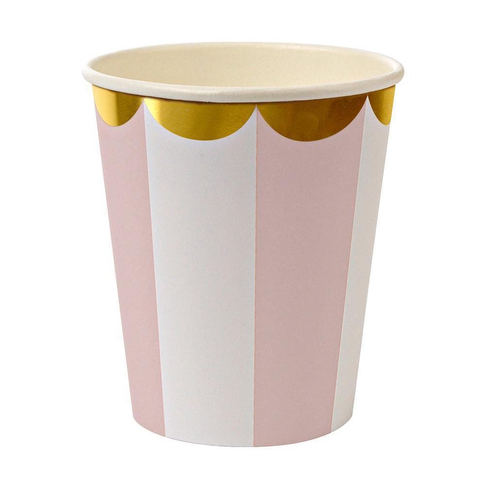 Whether you're planning a baby shower, a bridal shower or a birthday party in the sunshine, you can't go wrong with our Dusty Pink Fan collection - high quality tableware featuring delicate pink pastel stripes and beautiful gold foil. Plan your whole decor around this elegant shade, or mix and match with other colours, patterns and themes.   Pack of 8 Suitable for hot & cold drinks Gold foil detail Size: 8 ounces