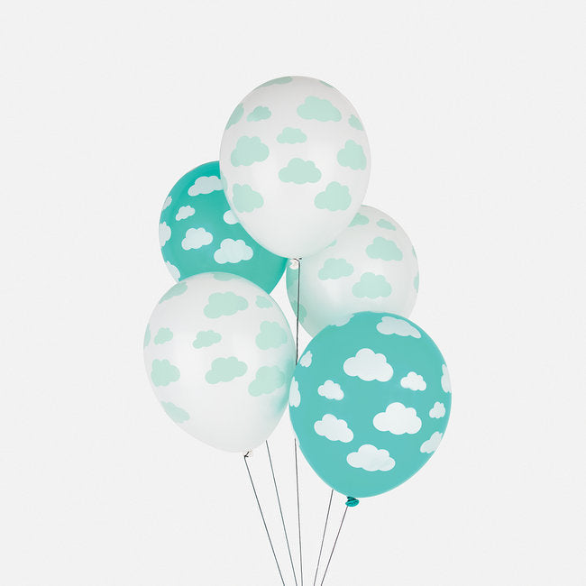 5 cloud-patterned printed balloons, designed by My Little Day.  Perfect for sparking the imagination of little children at a birthday party, a summertime picnic, a wedding, a christening or any other special occasion!  Made from latex - 100% biodegradable. Made in Europe.  Size of inflated balloon: 9