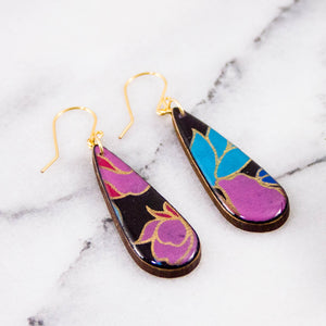 Teardrop Black Nouveau Floral Earrings