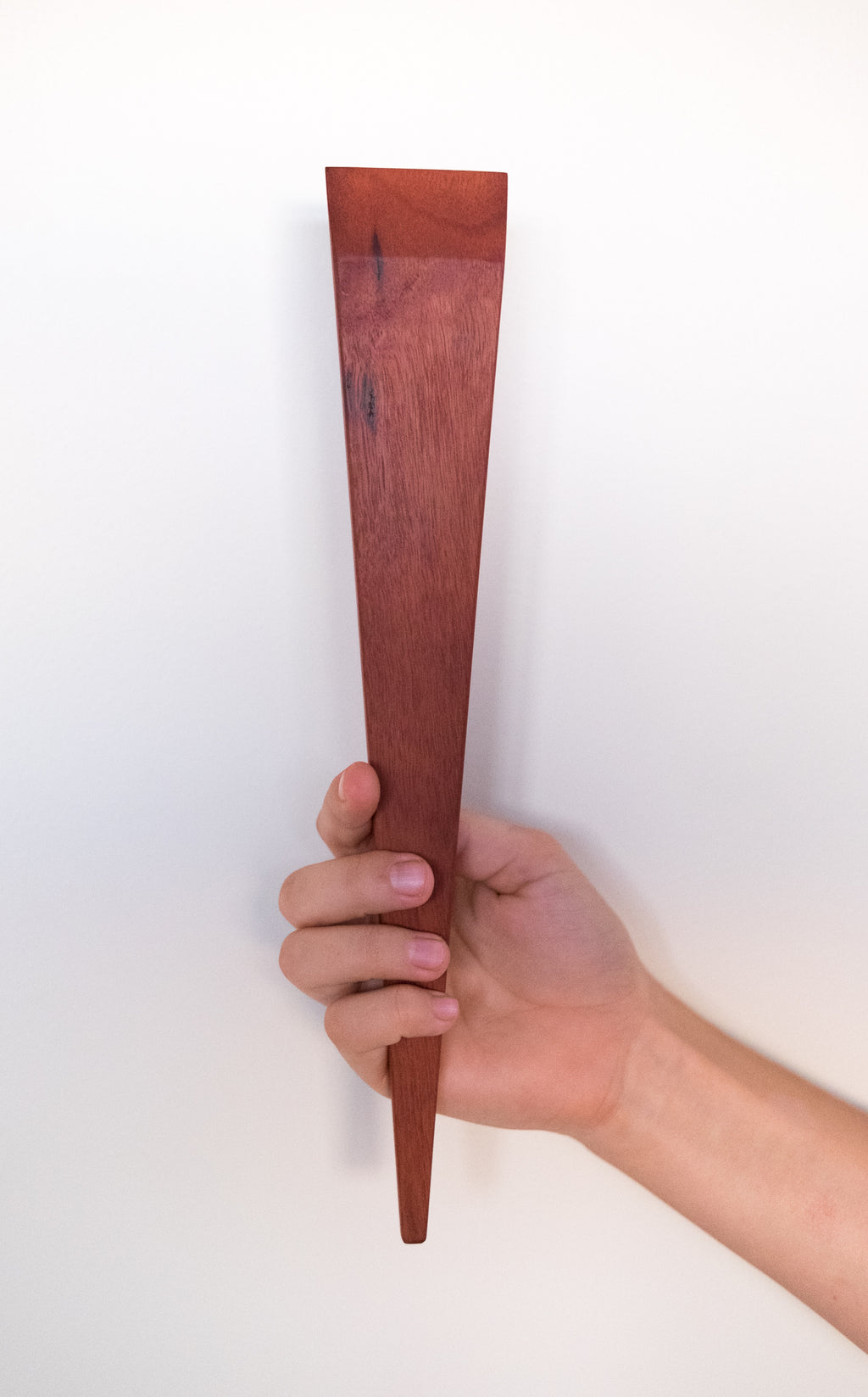 The Wedge Spatula