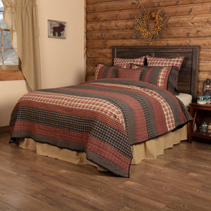 VHC Brands Rustic & Lodge | Bedding & Pillows | Beckham Luxury King Quilt 120Wx105L