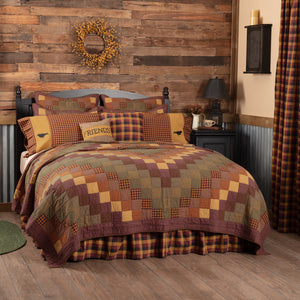 VHC Brands Primitive | Bedding & Pillows | Heritage Farms California King Quilt 130Wx115L