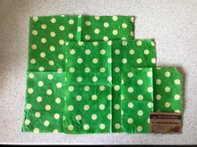 Design: Green Polka Dots