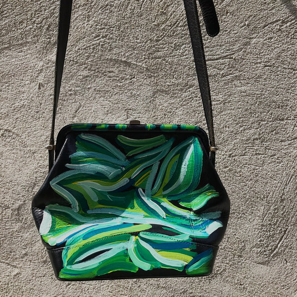 vK. Vintage Hand Painted Purse