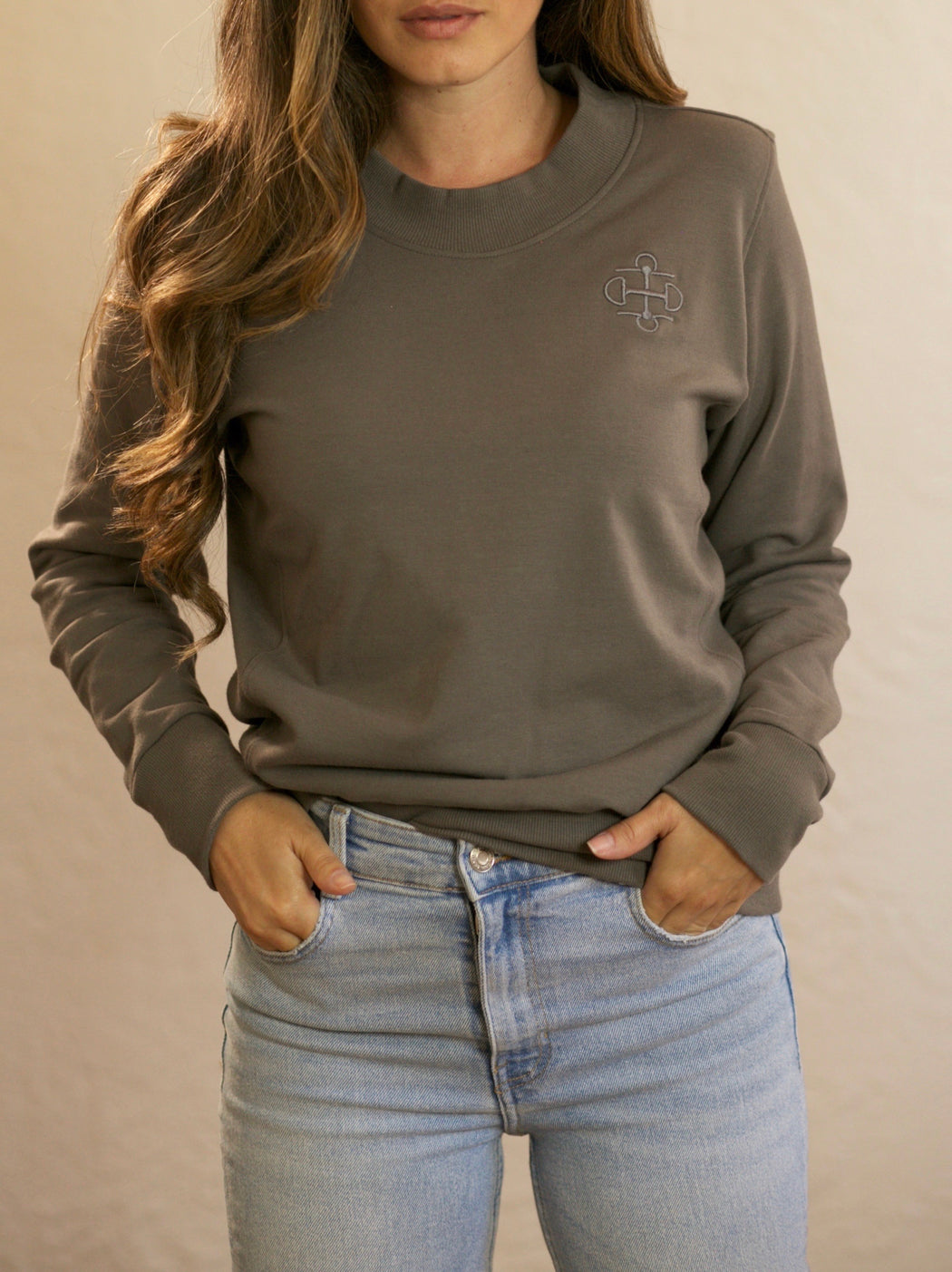 THE MATTE GRAY BAMBOO CREWNECK