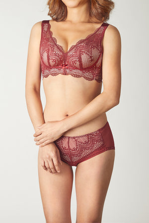 FinelyCup C825A: Curve Series Lacy Bra without Underwire