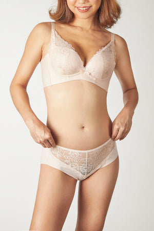 FinelyCup C1025: Curve Series Lacy / Seamless Bra without Underwire