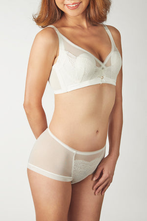 FinelyCup C308: Curve Series Mesh Lacy Bra without Underwire