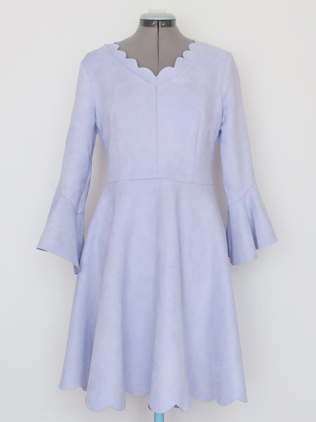 Chicwish periwinkle scalloped hem bell sleeve dress Large
