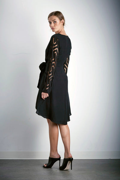 BEYOND CONTRAST L/S DRESS