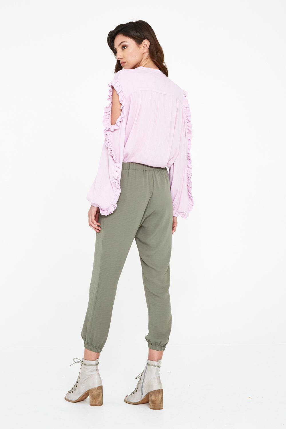 SEEKER CUT SLV BLOUSE