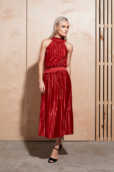 ILLUME PLEAT LONG DRESS