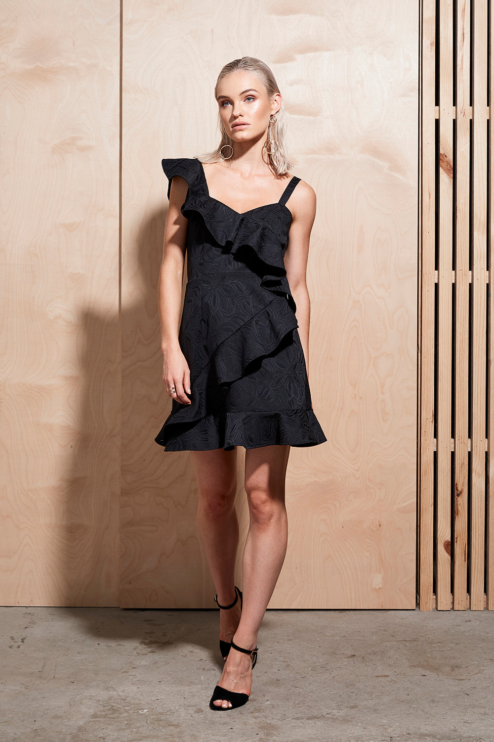 ILLUME RUFFLE MINI DRESS