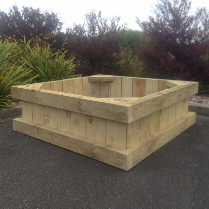 Raised Garden Box Pine 2.1m X 1.3m x .400m