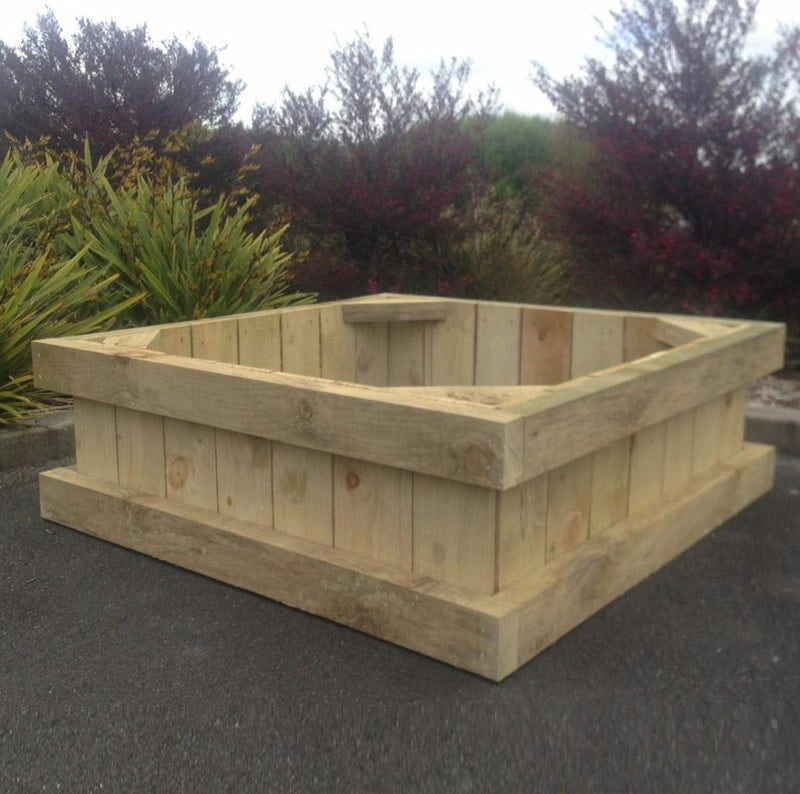 1.2m x 1.2m x .400m Pine Raised Garden Box