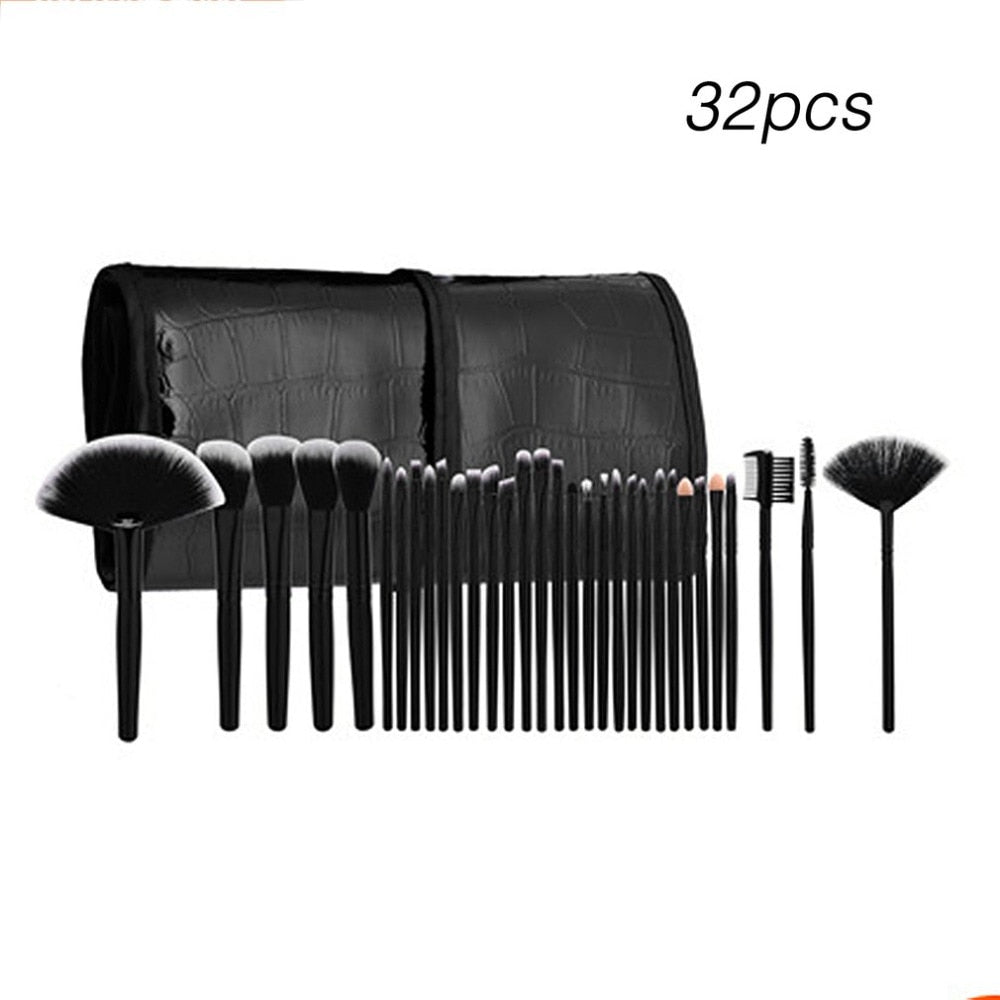 Professional Makeup Brushes 32pcs Cosmetic Kit Eyebrow Face Cheek Blush Foundation Powder Makeup Brush Set With Black Case