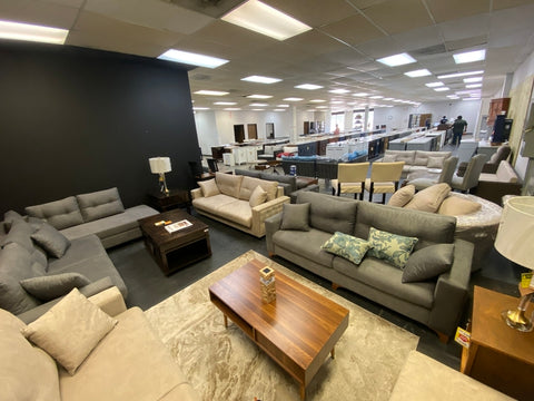 DecoHub Home Outlet Store