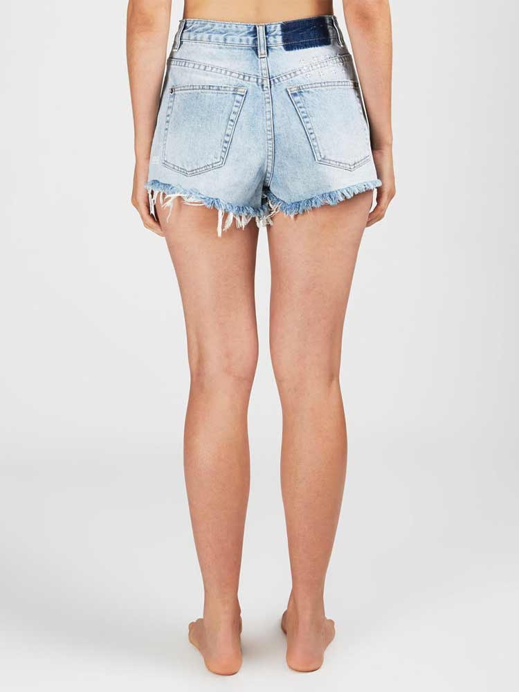 Clas-Sick Cut Off Short