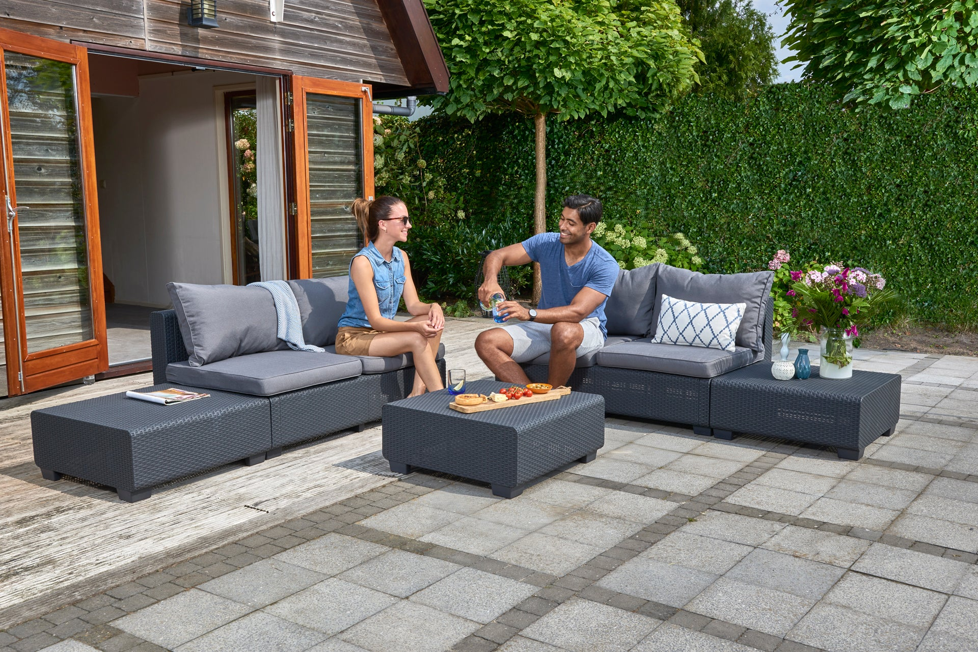 Keter Sapporo Outdoor Lounge Set