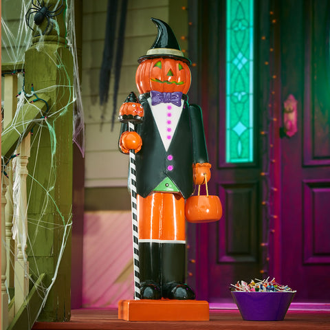 The Motion Activated Trick or Treat Greeter