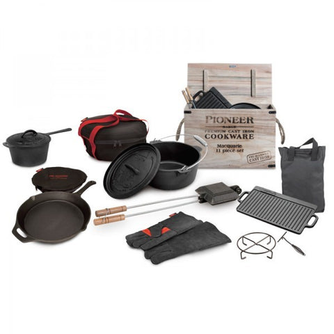 SET CAST IRON BOXED 11 PCE
