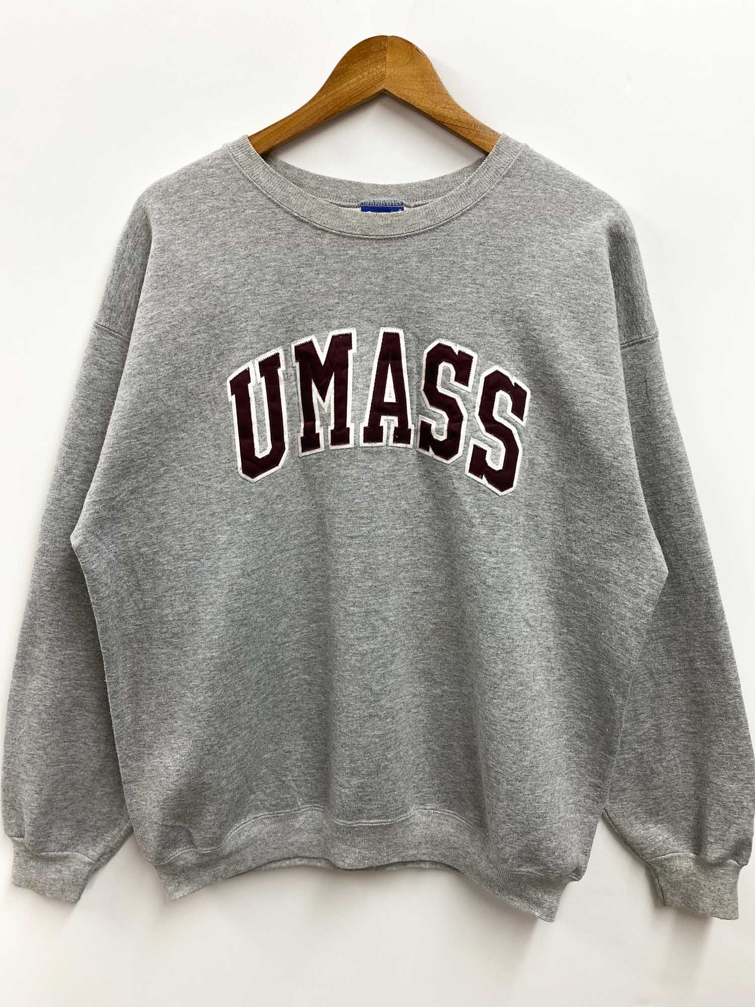 VINTAGE CHAMPION UMASS COLLEGE CREWNECK