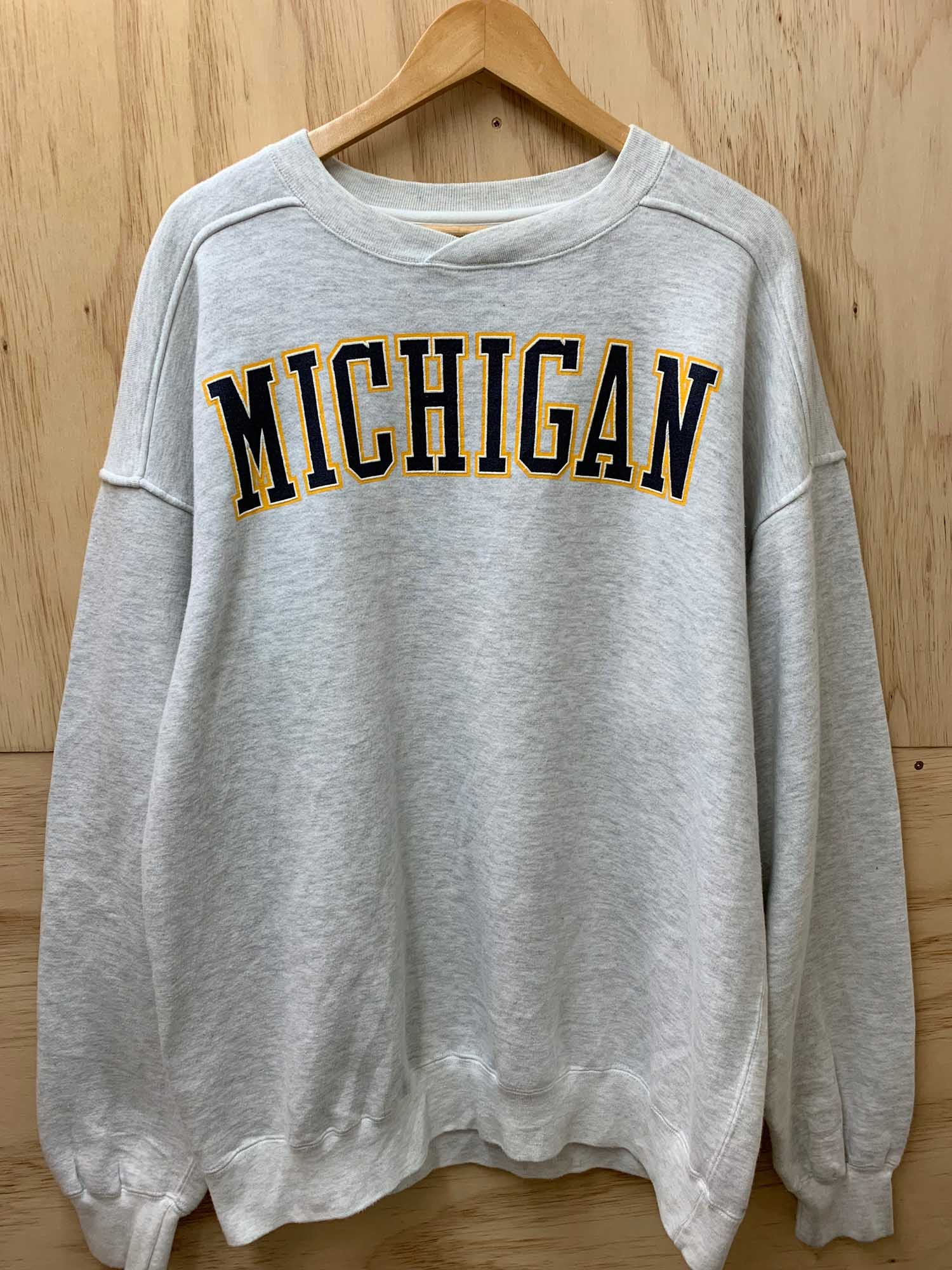 VINTAGE MICHIGAN SPELL OUT CREWNECK