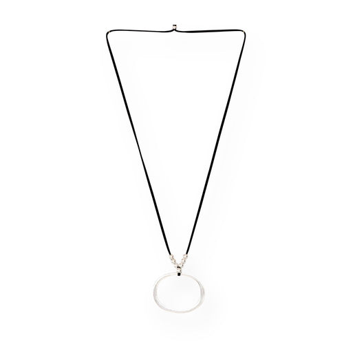 Classic O Necklace - Black