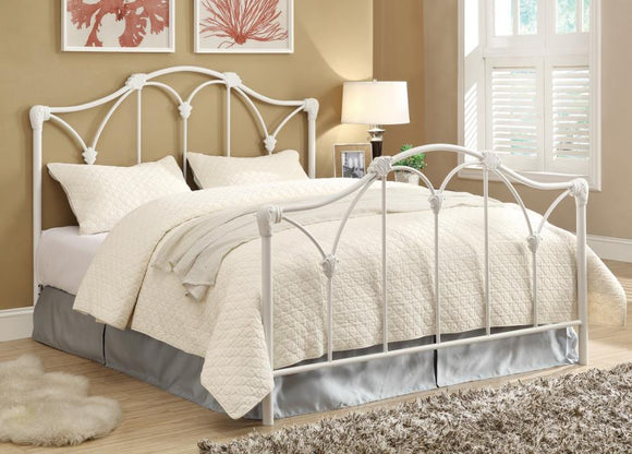 Queen Bed (Scarlett Metal Bed Collection)