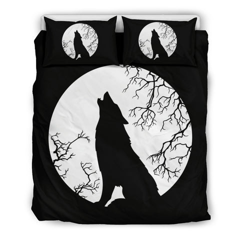 Wolf Howling At The Full Moon Bedding Set
