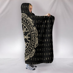 Viking Vegvisir Symbol Hooded Blanket