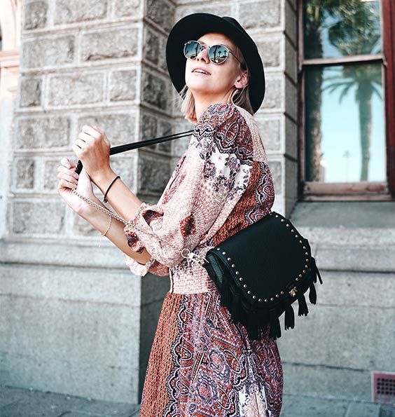 Bohemian Me Wechselklappe mit Outfit Inspiration im Bohemian Style