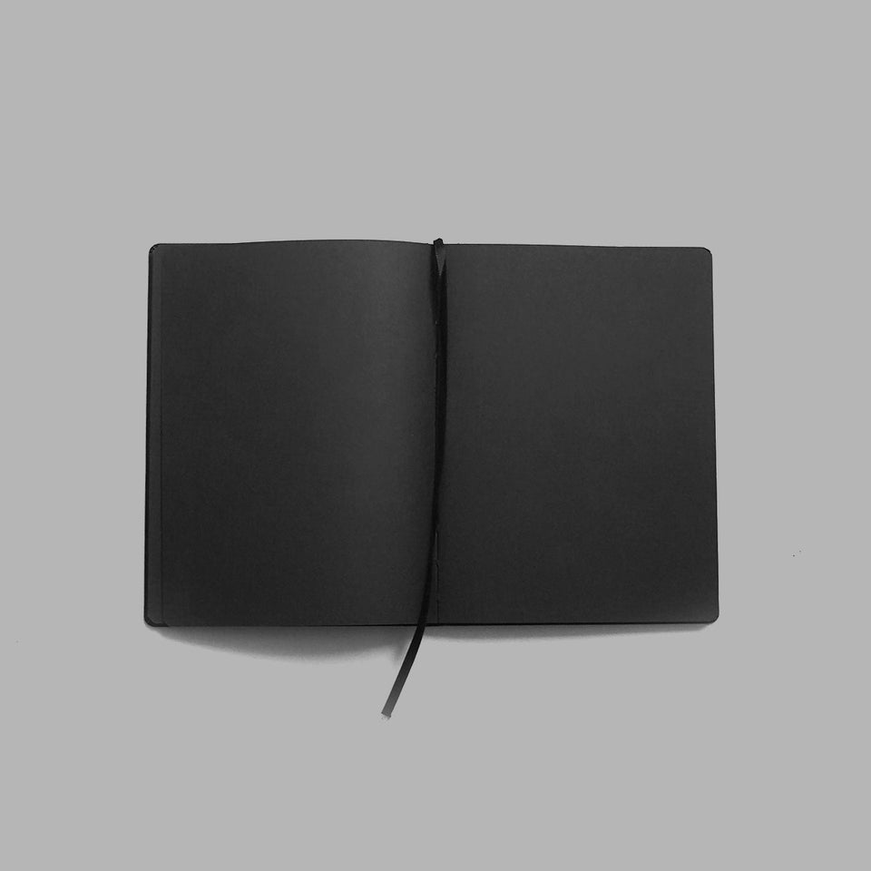 Blvck Notebook with Pen