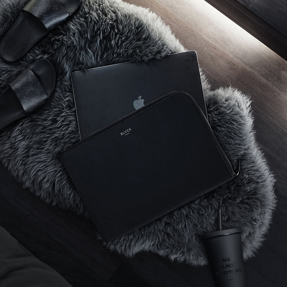 Blvck MacBook Sleeve