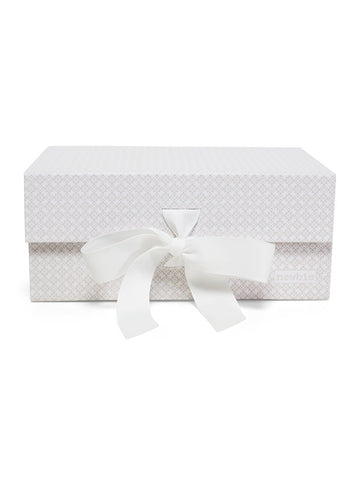 newbie Gift box with ribbon tie white