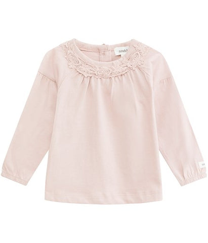 Baby blouse with lace neckline