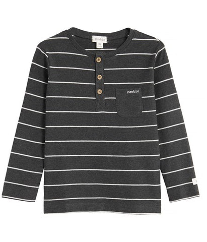 Top with stripes and pocket
