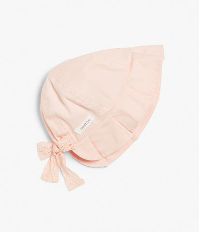Baby bonnet with frill