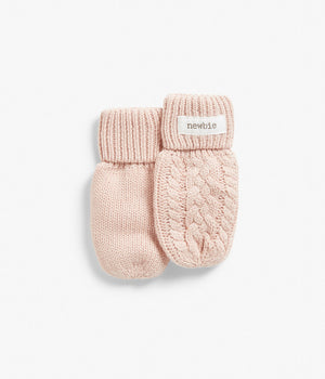 Baby cable knit mittens in cotton