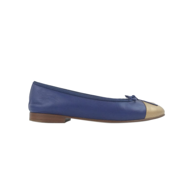 Chanel Boy pocket black caviar