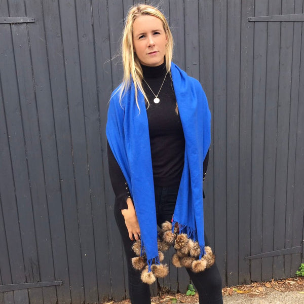 Shawl Blue | Natural Pom Pom - Pom Pom London