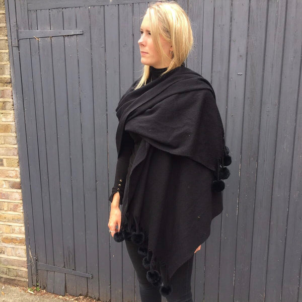 Shawl Black | Black Pom Pom - Pom Pom London