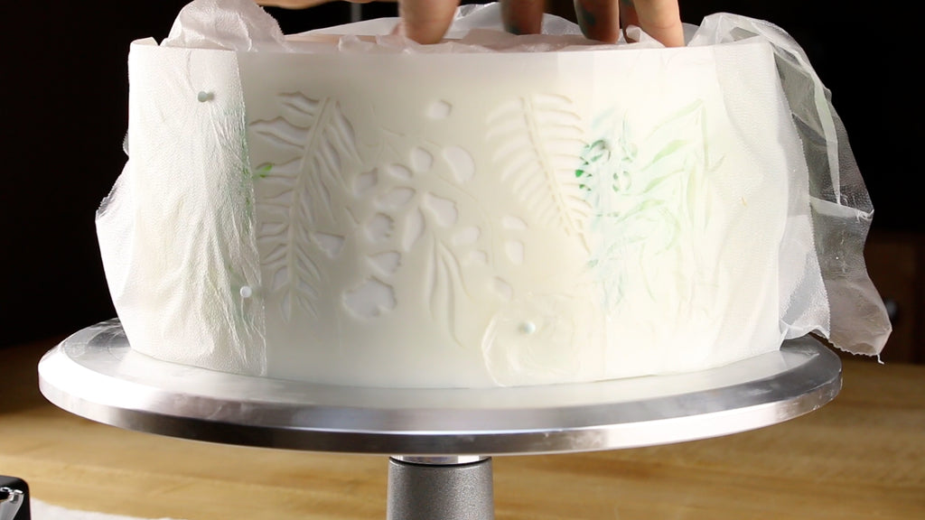 Notice how the last section of the cake is smaller, isolate part of the design with Glad Press n' Seal