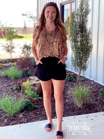 Dress Casual Shorts in Black