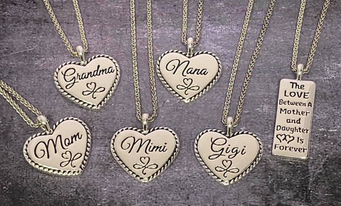 The Love Mother Daughter Bar Necklace