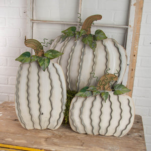 Cream Metal Pumpkin Garden Standers